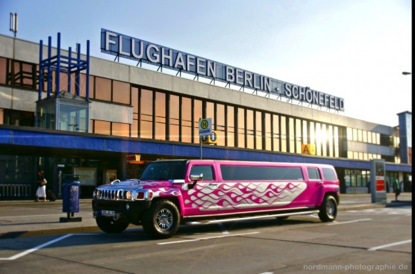 der limousinenservice berlin und brandenburg beverlycars bietet flughafentransfer ab tegel. Black Bedroom Furniture Sets. Home Design Ideas