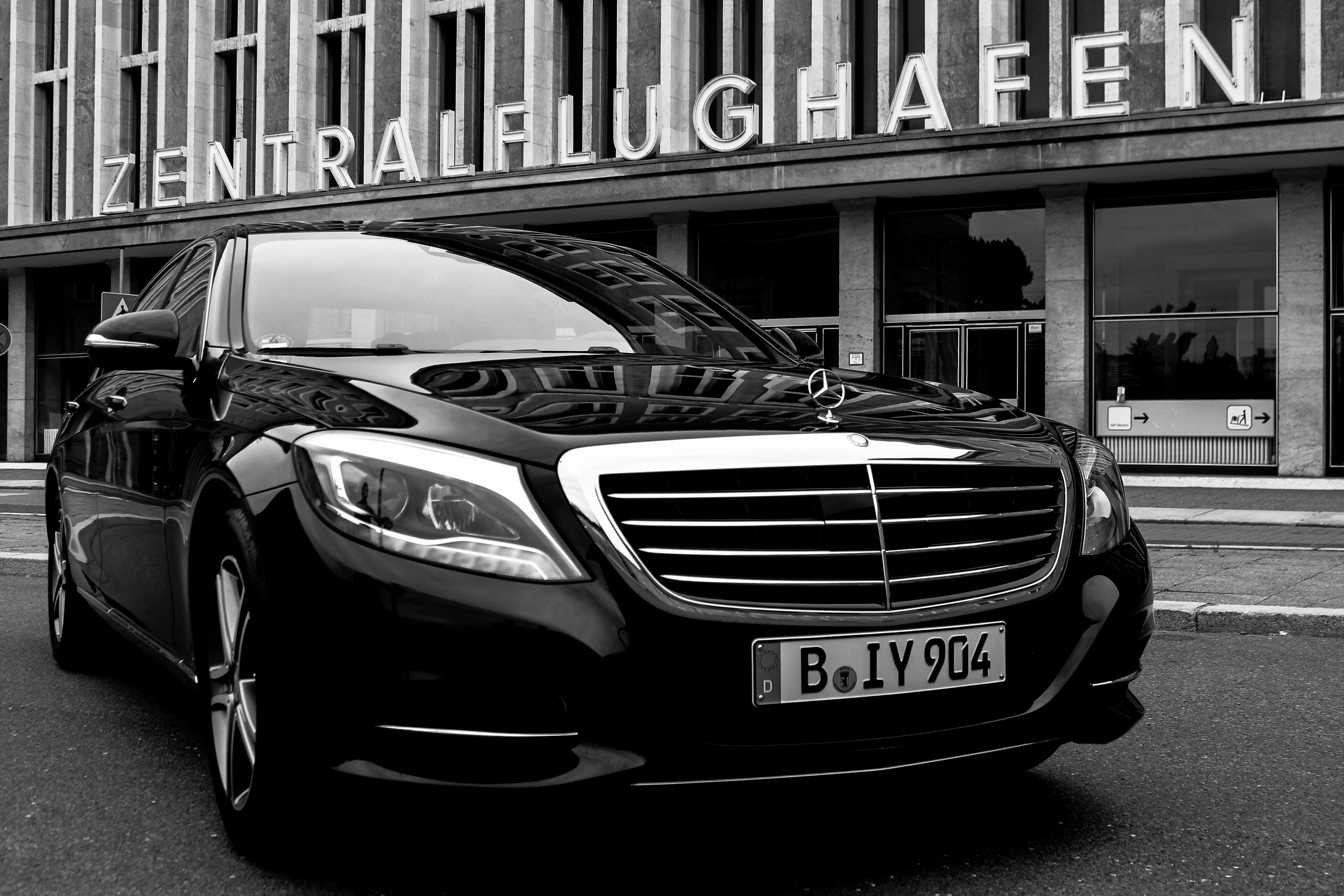 limousinenservice berlin bietet flughafentransfer tegel sch nefeld events messen. Black Bedroom Furniture Sets. Home Design Ideas