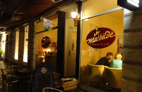Mathilde Bar Ottensen Lounge Hamburg Literatur Café Ottensen