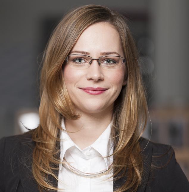 Portrait Gerli Kinz e-concierge Kärnten Niederlassung Vertretung 2015 Partner Blog