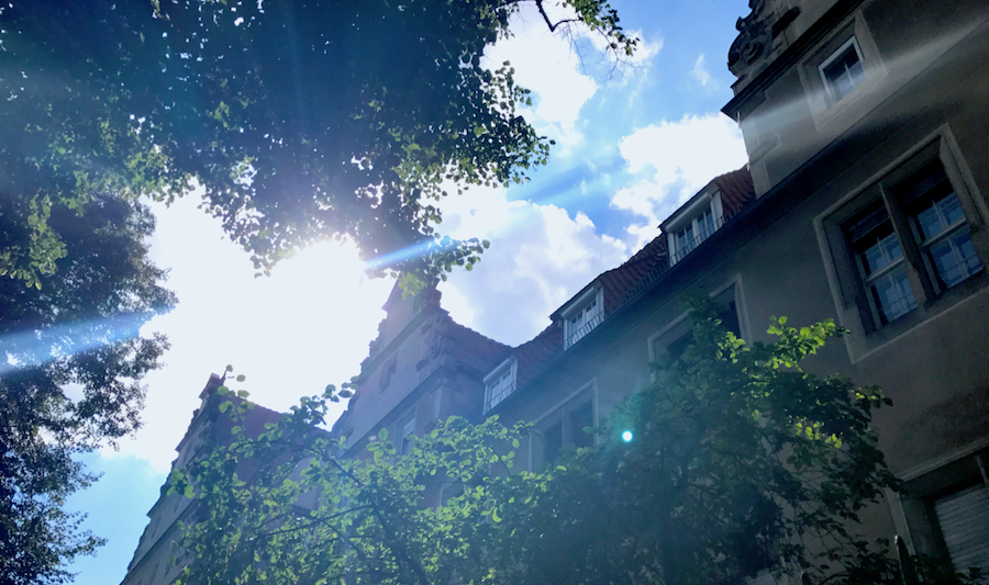 Besuch Fassade Aussenansicht PLACCES SOEHT 7 Ateliers ehemalig Frauengefängnis Lichterfelde Sommerfest Betreiber neu Event Location