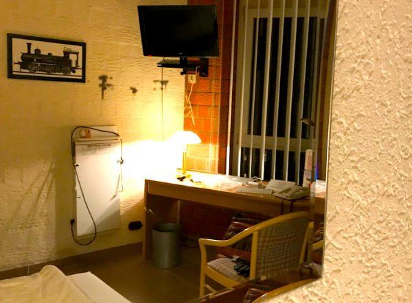 Zimmer Einrichtung AKZENT Hotel Brueggen er Klimp Burgwall Concierge Gerry Kritik