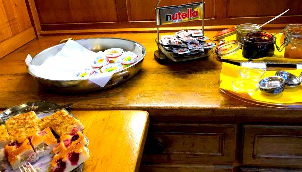 Nutella Marmelade Frühstück Breakfast AKZENT Hotel Brueggen er Klimp Burgwall Concierge Gerry Kritik