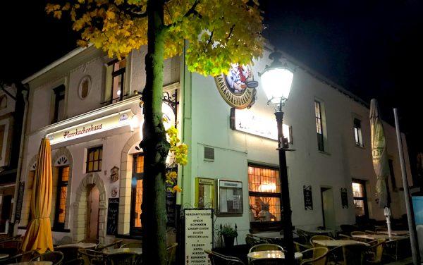 Restaurant Kartoffelpuffer Pfannkuchenhaus AKZENT Hotel Brueggen er Klimp Burgwall Concierge Gerry Kritik