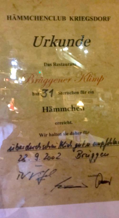 Auszeichnung 2002 Urkunde AKZENT Hotel Brueggen er Klimp Burgwall Concierge Gerry Kritik
