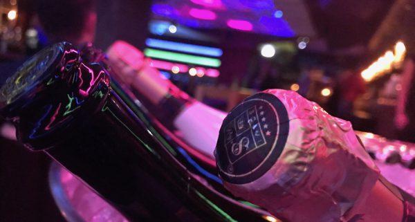 Amber Suite Ladies Table VIP Gerry Concierge Jonas Nowbakht Single Party Hauptstadtherzen Energy Radio BZ