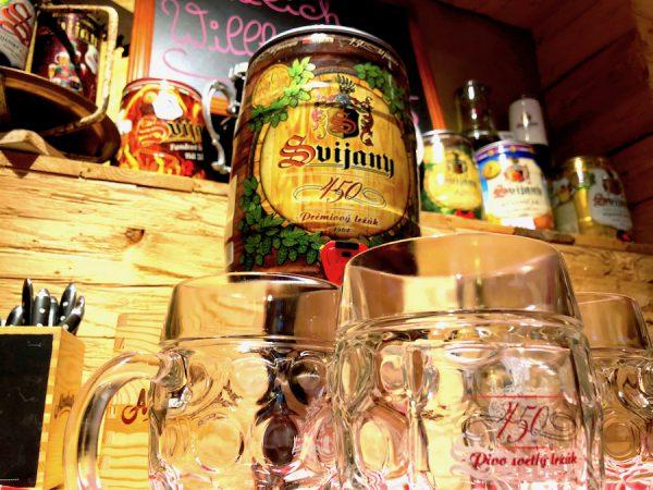 weihnachtsfeier roter jaeger Bier Tisch Zapfen Weihnachten Dekor Feier Concierge Gerry