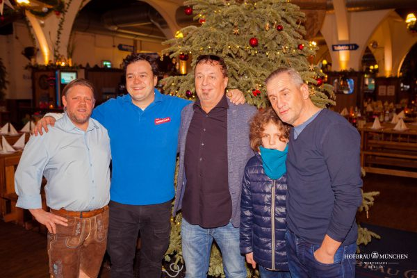 Hofbraeu Berlin Arche Weihnachten Christian Kika Gohl Photoconcierge Joerg Unkel Gerry Concierge Kinder Tim Wilde