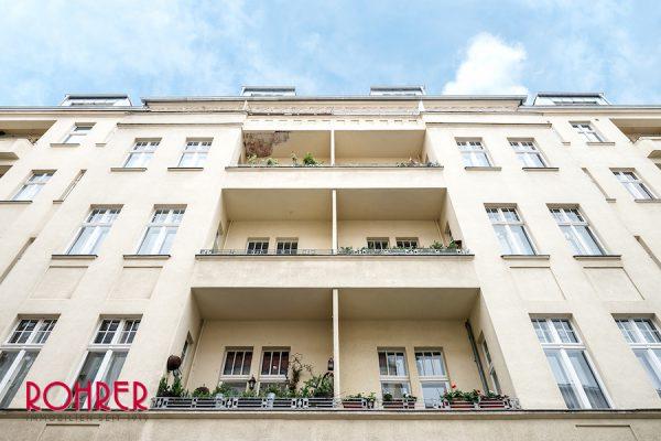 Aussenansicht Wohnung Berlin Kauf Objekt Bezugsfreie Altbauwohnung Schloss Charlottenburg Kristina Foest Rohrer Immobilien