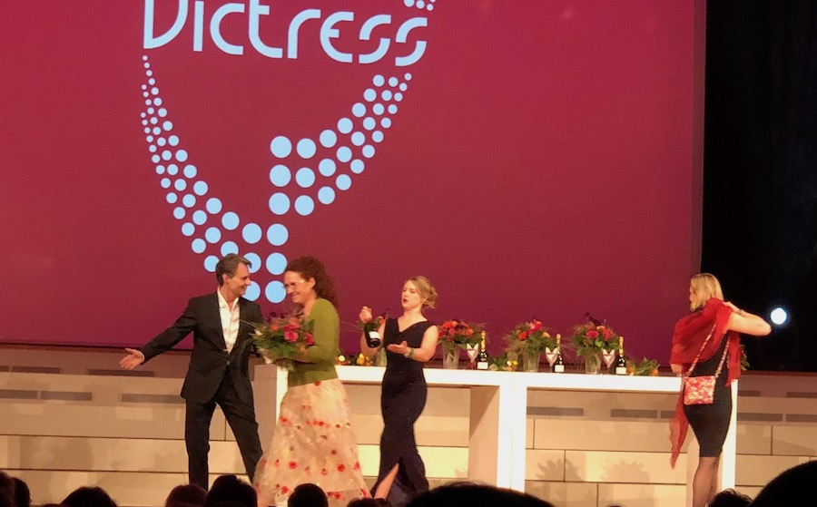 VICTRESS AWARD Wolfgang Bahro VIP Gast Freund Concierge Gerry Sonja Fusati