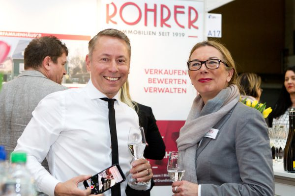 BIM Immobilien Messe Rohrer Berlin Concierge Community Foerderer Stand Party Referat Vortrag Concierge Gerry Claudia Veltmaat Fotograf Maren Schulz FH8E0461