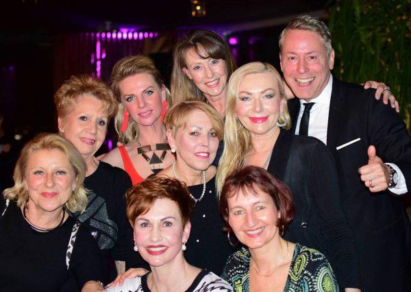 Ladies Damen AFTER WORK DANCE Europa Center Berlin Puro Gerry Concierge pic Julia Waulin