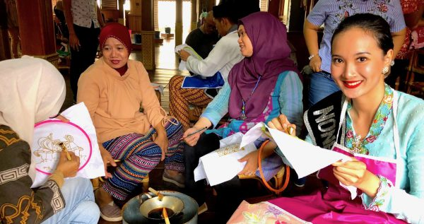 Jakarta Tourism Indonesien Indonesia Concierge Trip recommendation Empfehlung Einladung Gerry Botschaft Batik Museum Miss IMG_9222