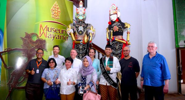 Cloud Restaurant Bar Empfang Jakarta Tourism Gouverment Concierge Gerry Puppen Museum Wayang muppets IKI_7886 Rahma Almira Sherly Yuliana Indra Fotograf Rizki Amriyadi