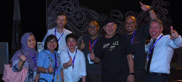 Cloud Restaurant Bar Empfang Jakarta Tourism Gouvernment Concierge Gerry IKI_8041 Peter Founder Java Jazz Fotograf Rizki Amriyadi