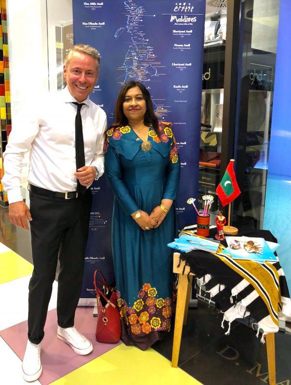 Exzellenz Jameela Ali Khalid Bild Botschaft Maledieven D Machts Group Mall of Berlin IMG_2865