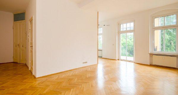 Wohnung Berlin Kauf Objekt 105726 O 56713 Bezugsfrei Wunderschoene Altbauwohnung nahe Mueggelsee o56713_lang1_wohnraum_1