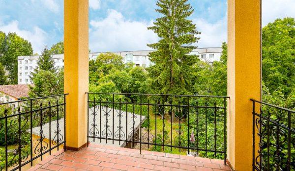 Wohnung Berlin Kauf Objekt 105726 O 56713 Bezugsfrei Wunderschoene Altbauwohnung nahe Mueggelsee o56713_lang7_balkon