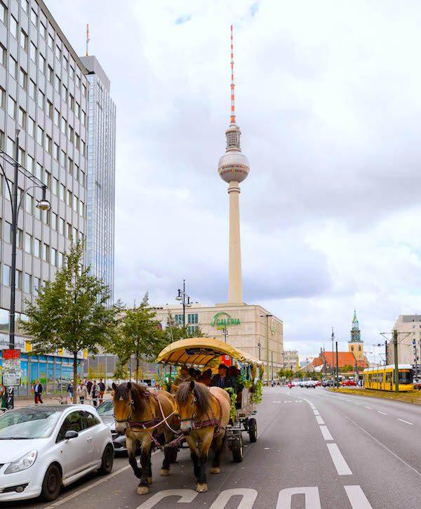 Kutsche Hofbraeu Berlin Oktoberfest 2018 Joerg Unkel Hauptstadtfotografen Concierge Gerry VIP 180922_Ho_1914