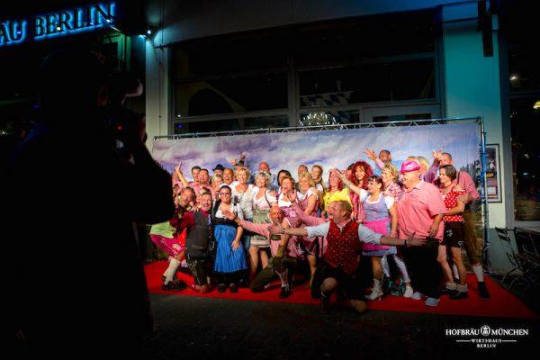 Redcarpet Fotowand Gerry Concierge VIP Support Hofbraeu Berlin Oktoberfest 2018 Joerg Unkel Hauptstadtfotografen 180922_Ho_2697