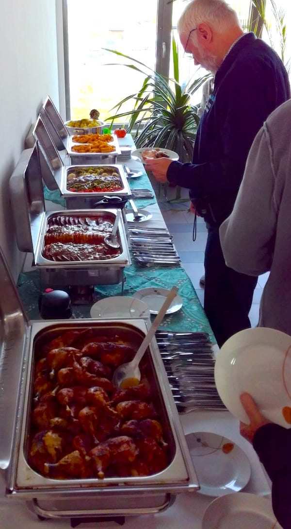 Service Buffet Food Amateur Funk BarCamp Berlin Fotograf Silvio Kunze