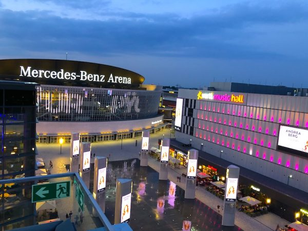 2019 Mercedes Benz Arena Indigo Hotel Afterwork Donnerstag Berlin Eastside Concierge Gerry Internations