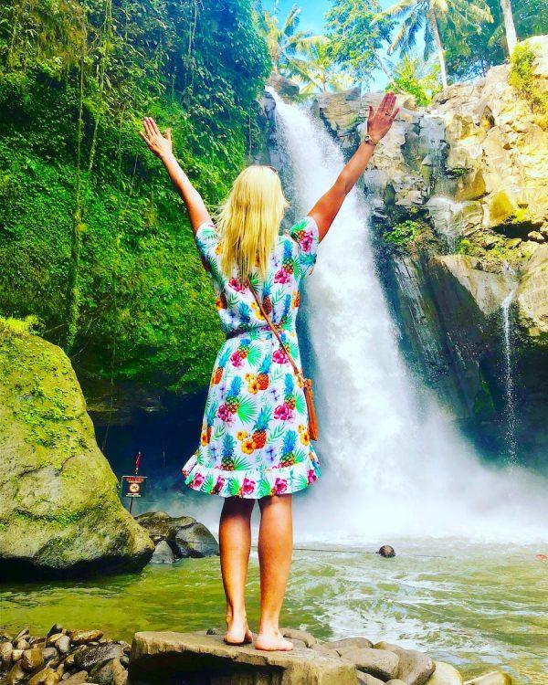 2019 Wasserfall Berlin Erlebnisse Nicole Ringel ehem Woykos Bali Reise Hochzeit Städtereise Jakarta