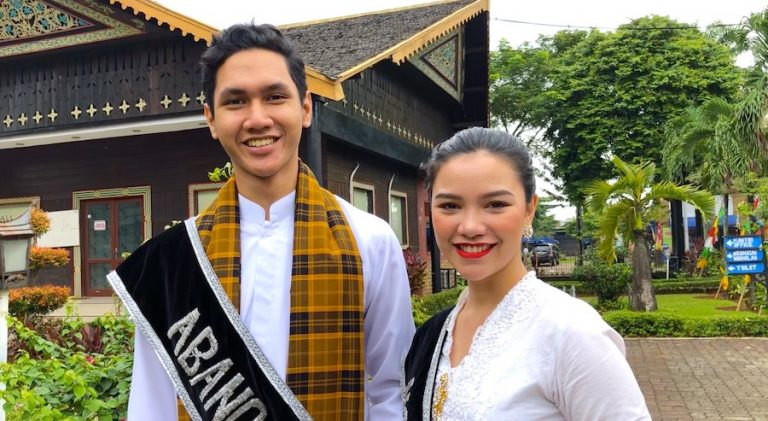 Wirtschaft Jakarta Tourism Indonesien Government Indonesia Concierge Trip recommendation Empfehlung Einladung Gerry Botschaft Mister Miss Model Stadt