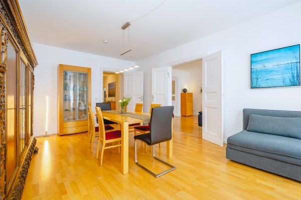 2020 living room-o63942-Torstrasse-middle-maisonette-apartment-berlin-shopping-great-properties tolle immobilien