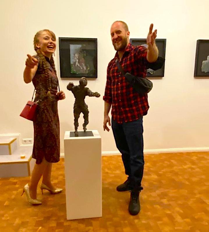 Janet Grimm Vernissage Jonas Hoedicke Vernissage Kunst Kuenstler Bilder Kunstwerke Skulpturen Concierge Blog Skulptur Boxer